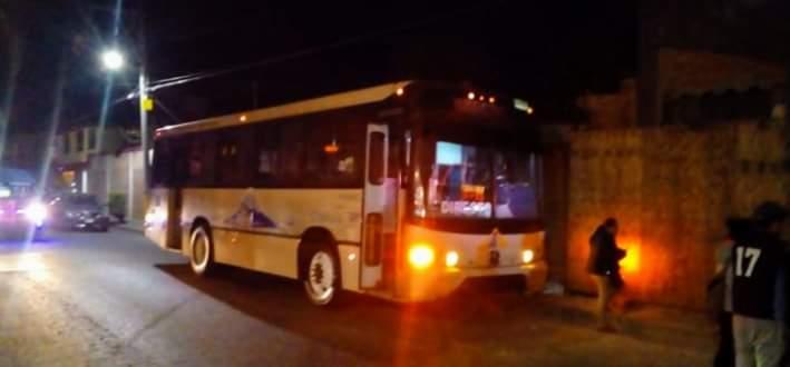 Hampones asaltan a pasajero de la ruta Directos Cholula