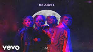 """""""Toa la noche"""" de CNCO"""