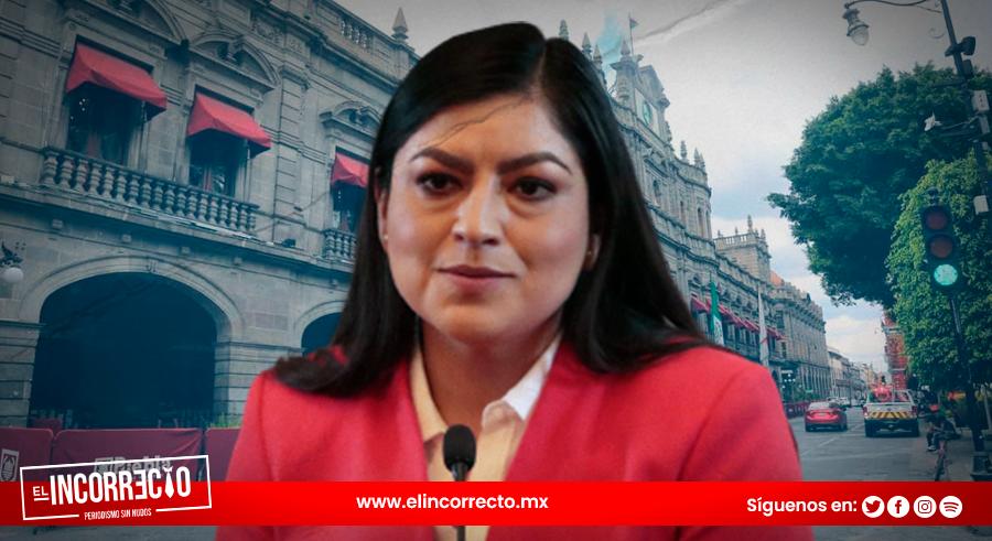 Convierte Claudia Rivera el Palacio del Ayuntamiento en registro civil para bodas diversas (+VIDEOS)