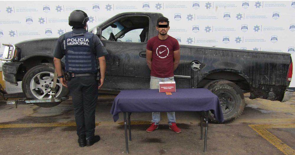 Detuvo SSC de Puebla a asaltante de transeúnte