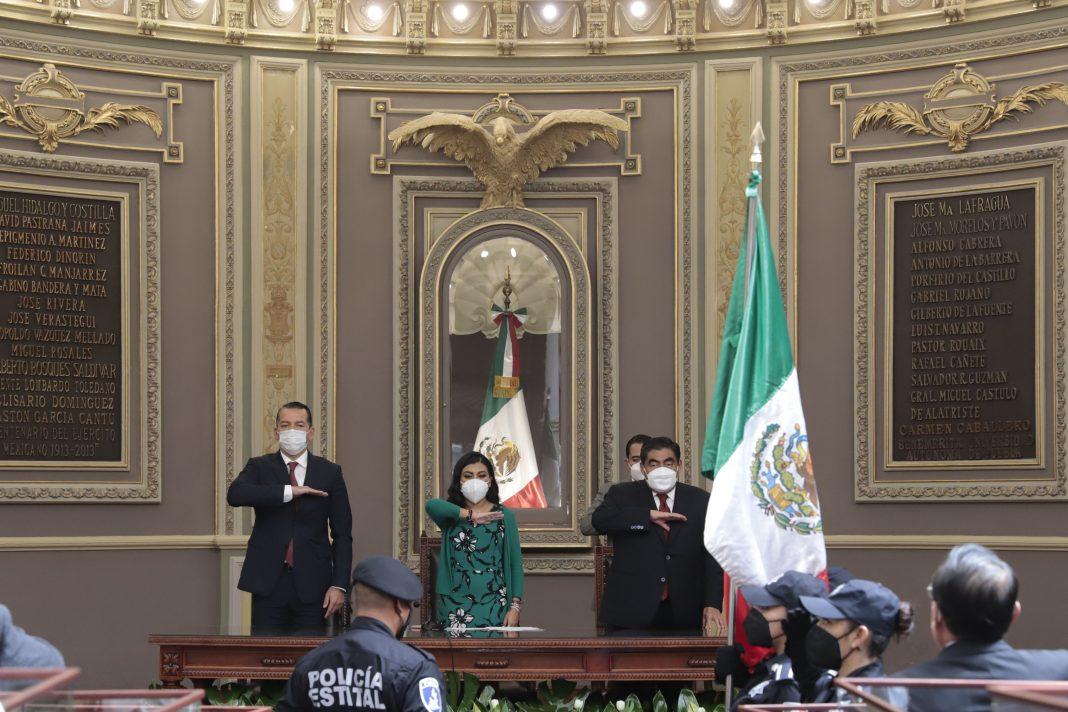 Acude Gobernador Barbosa Huerta a la instalación de la LXI Legislatura