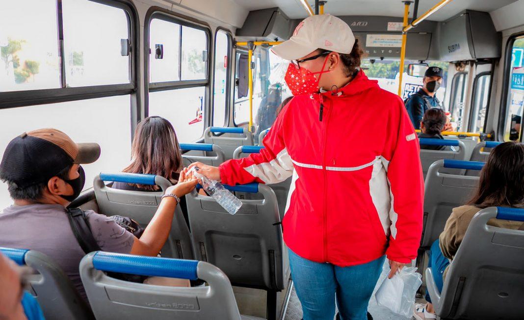 Despliega gobierno estatal operativos de sana distancia en unidades del transporte público