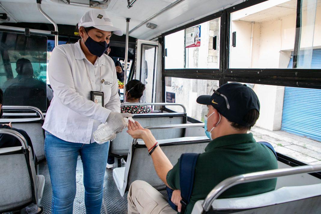 Refuerza Gobierno del Estado medidas sanitarias en 717 unidades de transporte