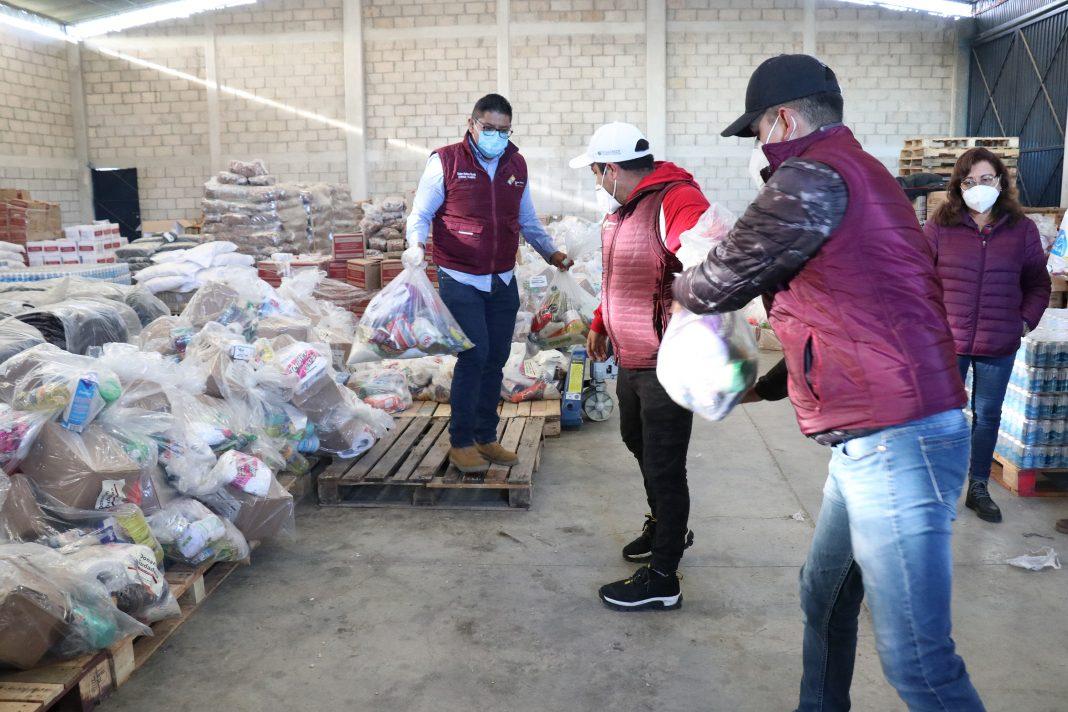 Reparte SEDIF apoyos a damnificados de la Sierra Nororiental
